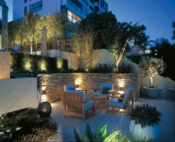 outdoor ambiance lighting