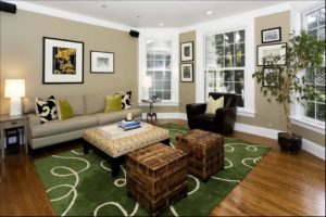 room with beige walls and green accents