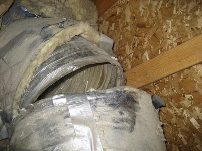 improperly installed flexible hvac ductwork. no metal collar between 2 flex duct