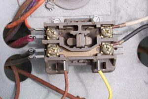 photo of electrical connections