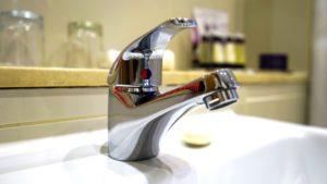 chrome one handle bath faucet