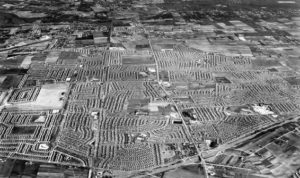 aerial photo of levittown ny in dec 1949